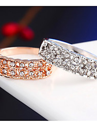 Homens Mulheres Feminino Anéis de Casal Cristal Estilo simples Moda Liga Jóias Para Casamento Festa Diário Casual