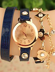 baratos -Mulheres Bracele Relógio Venda imperdível Rosa Folheado a Ouro / Couro Banda Flor / Fashion Preta / Azul / Vermelho / Aço Inoxidável