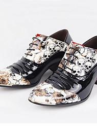 abordables -Hombre Zapatos Cuero Patentado Primavera Verano Otoño Invierno Zapatos formales Oxfords Para Casual Fiesta y Noche Negro