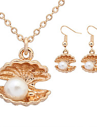 Women European Style Fashion Cute Shell Holding Pearl Imitation Pearl Necklace / Earrings Sets