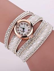 baratos -Xu™ Mulheres Relógio de Moda / Bracele Relógio / Simulado Diamante Relógio imitação de diamante Couro Banda Amuleto Preta / Branco / Azul