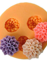 cheap -Three Cell Small Flower Silicone Mold Fondant Molds Sugar Craft Tools Resin flowers Mould Molds For Cakes
