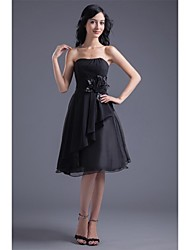 cheap -Cocktail Party Dress - Little Black Dress A-line Strapless Knee-length Chiffon with Flower(s) Side Draping