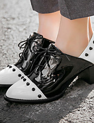 cheap -Women's Shoes Leatherette Patent Leather Spring Fall Chunky Heel Block Heel Lace-up for Office & Career Dress White Black
