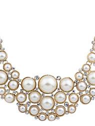 Dame Form Statement-smykker Sød Stil Mode Europæisk Halskædevedhæng Perlehalskæde Erklæring Halskæder Perle Legering Halskædevedhæng