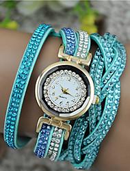 Недорогие -Жен. Модные часы Часы-браслет Кварцевый Имитация Алмазный PU Группа Черный Белый Синий Коричневый Фиолетовый Роуз