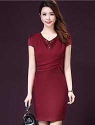 Damen Kleid-Ausgehen / Übergröße Street Schick Solide V-Ausschnitt Übers Knie Kurzarm Rot / Grün Kunstseide / Acryl Sommer