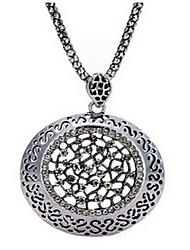 Exquisite Crystal Hollow Circle Pendant Necklace Jewelry for Lady