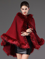 cheap -Long Sleeves Faux Fur Casual Women's Wrap With Feathers / Fur Capes