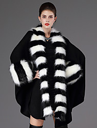 Long Sleeves Faux Fur Casual Women's Wrap With Feathers / fur Capes