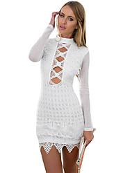 Damen Bodycon Kleid-Klub Sexy Solide Rollkragen Mini Langarm Weiß / Schwarz Polyester / Elasthan Sommer Hohe Hüfthöhe Mikro-elastisch Dünn