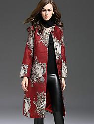Damen Stickerei Chinoiserie Übergröße / Lässig/Alltäglich Trenchcoat,Herbst / Winter Rundhalsausschnitt Langarm Rot Mittel Polyester