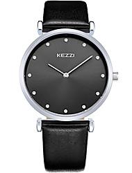 Недорогие -KEZZI Для пары Модные часы Наручные часы Кварцевый / Кожа Группа На каждый день Cool Черный Белый Коричневый