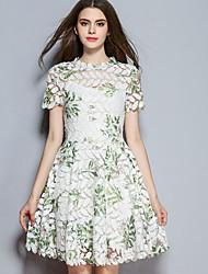 Mujer Línea A Vestido Casual/Diario Simple,Floral Escote Chino Sobre la rodilla Manga Corta Poliéster Otoño Tiro Medio Microelástico Medio