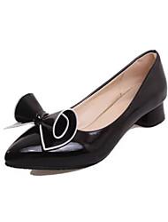 Недорогие -Белый Черный Красный-Для женщин-Для офиса Повседневный-Полиуретан-На толстом каблуке-Удобная обувь-Обувь на каблуках