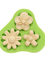 Three Holes Flower Gumpaste Silicone Mould Fondant Molds Sugar Craft Tools Resin flowers Mold Color Random