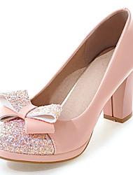 baratos -Mulheres Sapatos Courino Primavera / Verão Sapatos clube Saltos Salto Robusto / Salto de bloco Ponta Redonda Laço / Lantejoulas /