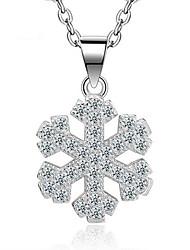 Dame Halskædevedhæng Sneflage Sølv Zirkonium Hængende Mode Yndig Euro-Amerikansk Sølv Smykker ForBryllup Fest Fødselsdag Forlovelse