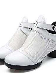 preiswerte -Damen Schuhe für modern Dance Leder Sneaker / Gespaltene Sole Niedriger Heel Keine Maßfertigung möglich Tanzschuhe Weiß / Schwarz / Rot