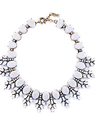 Women's Collar Necklace Leaf Chrome Unique Design Jewelry For Congratulations Thank You Gift