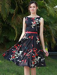 Modèle réelle empreinte numérique impression sans manches robe ronde couture bas jupe envoie courroie