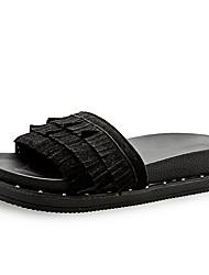 Недорогие -Для женщин Тапочки и Шлепанцы Сандалии Удобная обувь Полиуретан Весна Лето Повседневный С кисточками На плоской подошвеЧерный