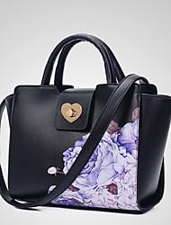 Il tempo libero delle signore e la nuova borsa del sacchetto di un-spalla del fiore