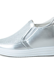 Women's Loafers & Slip-Ons Light Soles Fabric Spring/Fall Casual Creepers Black White Flat