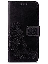 Le trèfle chanceux à quatre feuilles est gravé avec un boîtier de téléphone mobile pour la série iPhone
