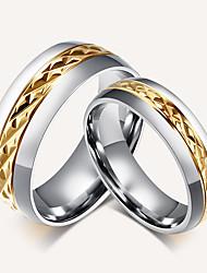 preiswerte -Paar Bandringe Ring Retro Simple Style Elegant Titanstahl 18K Gold Kreisförmig Schmuck Hochzeit Party Jahrestag Geschenk Alltag