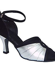 """billige -Dame Moderne Silke Sandaler Ydeevne Krydsdrapering Cubanske hæle Sort-Hvid 2 """"- 2 3/4"""" Kan tilpasses"""