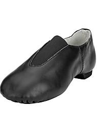 Недорогие -Жен. Обувь для джаза Дерматин На плоской подошве На плоской подошве Не персонализируемая Танцевальная обувь Черный / Коричневый