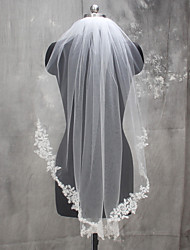 Wedding Veil One-tier Shoulder Veils Fingertip Veils Communion Veils Lace Applique Edge Lace Tulle