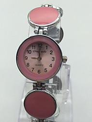 Mulheres Relógio de Pulso Bracele Relógio Chinês Quartzo Lega Banda Vintage Pontos Casual Vermelho Rosa