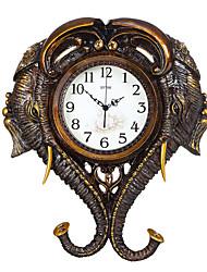 Moderne/Contemporain Traditionnel Rustique Décontracté Rétro Animaux Horloge murale,Eléphant Animaux Résine Intérieur Horloge