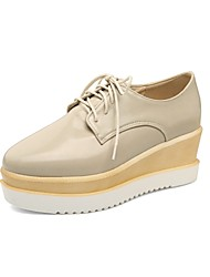 cheap -Women's Sneakers Comfort Spring Fall Patent Leather Outdoor Office & Career Lace-up Wedge Heel Ruby Beige Silver Black White 2in-2 3/4in