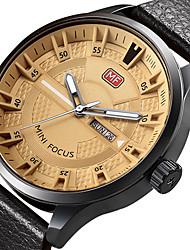 preiswerte -Herrn Armbanduhr Einzigartige kreative Uhr Armbanduhren für den Alltag Sportuhr Modeuhr Quartz Kalender Echtes Leder Band Charme Luxus