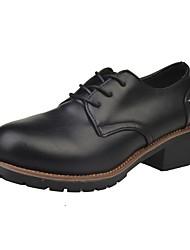 Недорогие -Для женщин Туфли на шнуровке Удобная обувь Весна Осень Полиуретан Повседневные Шнуровка На плоской подошве Черный Коричневый Вино Менее