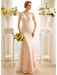 preiswerte -Trompete / Meerjungfrau V-Ausschnitt Boden-Länge Spitze Hochzeitskleid mit Applikationen Knöpfe durch LAN TING BRIDE®