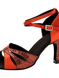 preiswerte -Damen Schuhe für den lateinamerikanischen Tanz Seide Sandalen Leistung Überkreuzte Rüschen Stöckelabsatz Maßfertigung Tanzschuhe Rot