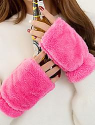 Недорогие -Для женщин Однотонный Аксессуары На каждый день Зимние перчатки Сохраняет тепло Мода До запястья Полупальцами,Зима Шерсть Однотонный