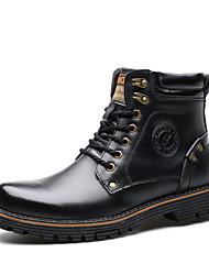 baratos -Homens sapatos Couro Inverno Outono Forro de fluff Coturnos Botas da Moda Botas de Neve Conforto Oxfords Botas Curtas / Ankle Tachas