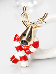 Men's Women's Brooches Cute Style Chrismas Alloy Animal Shape Jewelry For Gift Christmas