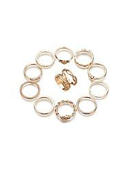 Femme Ensemble d'anneaux Strass Vintage Simple Style Alliage Forme de Cercle Bijoux Pour Quotidien