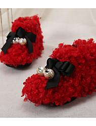 Недорогие -Девочки обувь Шерсть Зима Осень Удобная обувь Обувь для малышей Тапочки и Шлепанцы для Повседневные Черный Серый Красный Розовый