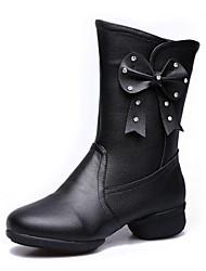 baratos -Mulheres Botas de Dança Couro / Pele Napa Sandália / Têni Laço Salto Baixo Sapatos de Dança Preto / Vermelho
