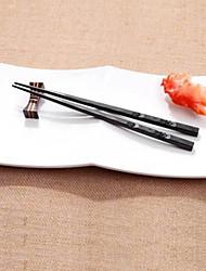 Недорогие -1 пара japanese палочки для еды сплав нескользящие суши палочки для палочки набор китайский подарок