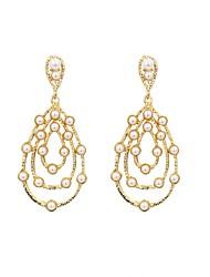 baratos -Mulheres Pérola Brincos Compridos - Casual / Fashion Dourado Forma Geométrica Brincos Para Graduação / Diário