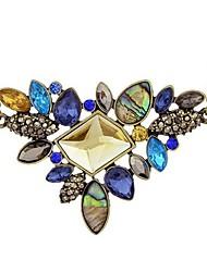 Femme Pendentif de collier Colliers Déclaration Cristal Forme Géométrique Cristal Autrichien Alliage Mode énorme Bijoux Pour Fête