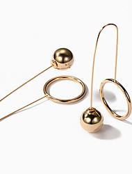 Жен. Серьги-слезки европейский Мода Сплав Круглый Геометрической формы Бижутерия Назначение Для вечеринок Повседневные